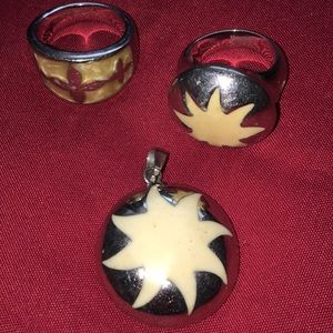Jewelry - 1 charm and two rings set